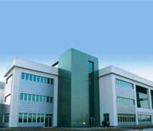 questo laboratorio costruito dai privati prosciuga le casse pubbliche per l'altissimo costo dell'affitto : vogliono fare così anche per un nuovo ospedale a Pievesestina .